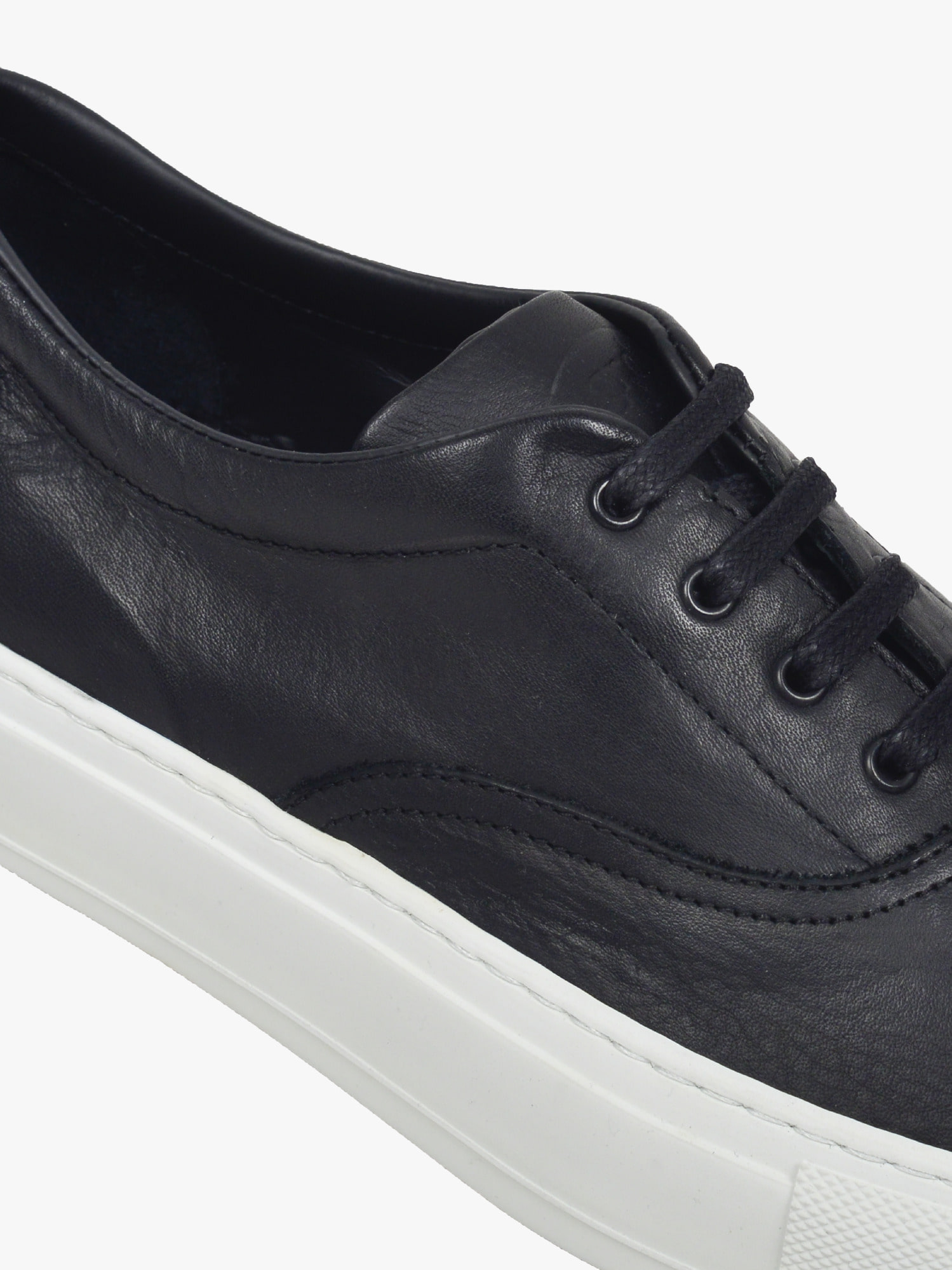 balmoral 01 leather black