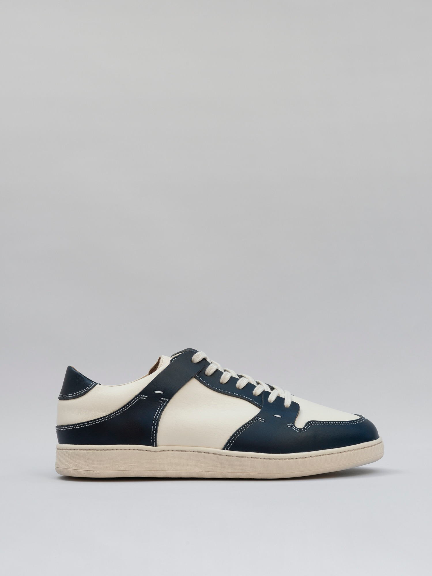 blucher 09 leather navy_